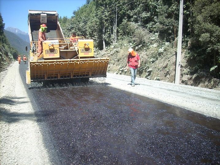 asfalto chaiten