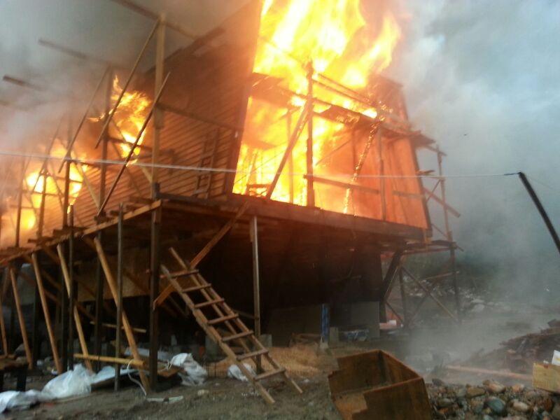 foto incendio puerto ramirez