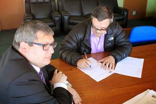 Palena y San Pablo son los primeros municipios en firmar acuerdo de Redes Colaborativas de Educación